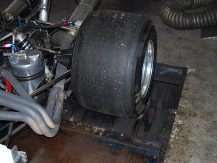 F5000 tyre clearance