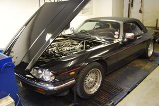 V12 XJS - classy!