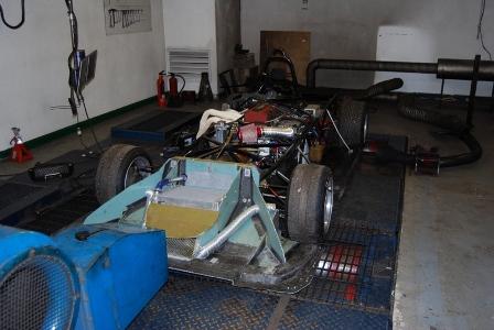 Saker sportscar