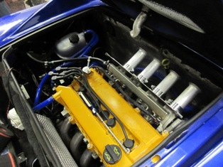 Cramped engine bay limits trumpet lengths...